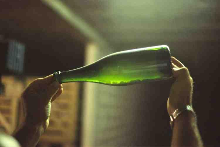 Comment reconnaître un champagne sans etiquette ?