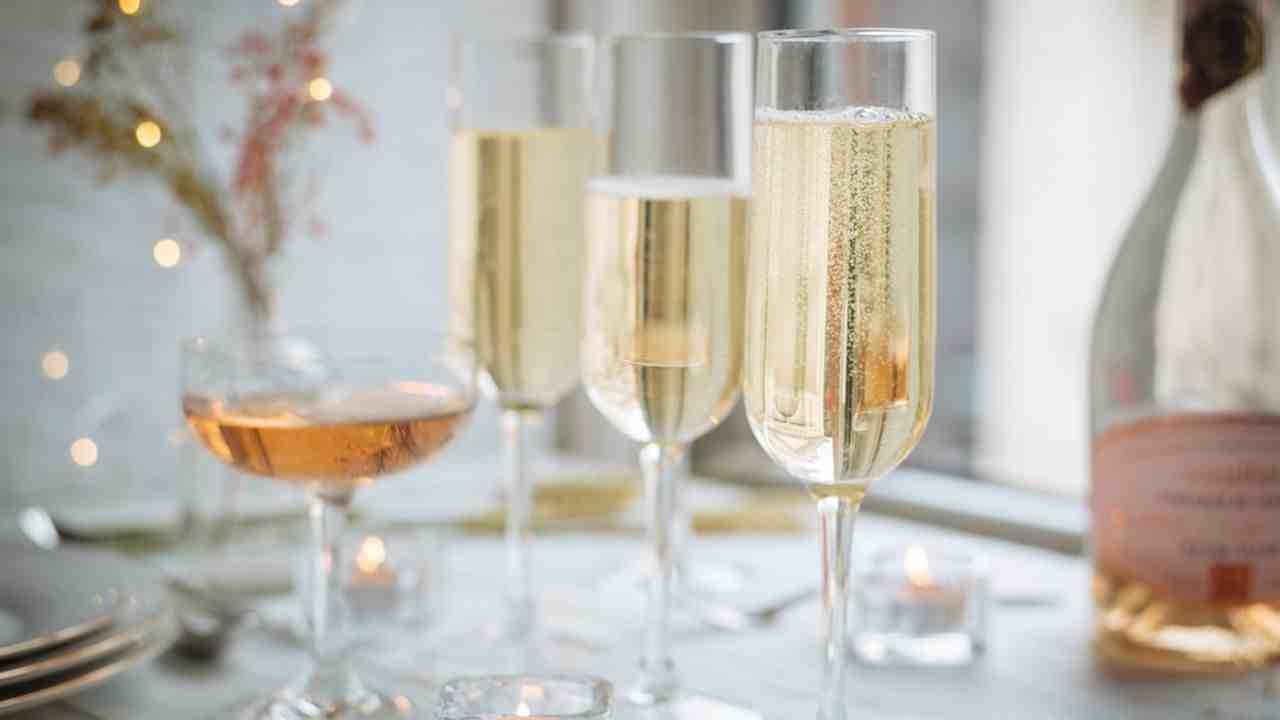 Pourquoi le champagne Est-il un vin effervescent ?