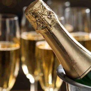 Quelle est la différence entre un crémant et un champagne ?