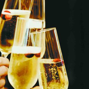 Quelle est la différence entre un vin mousseux et un champagne ?